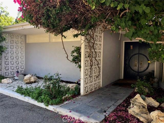 19481 Rosita Street  Tarzana CA 91356