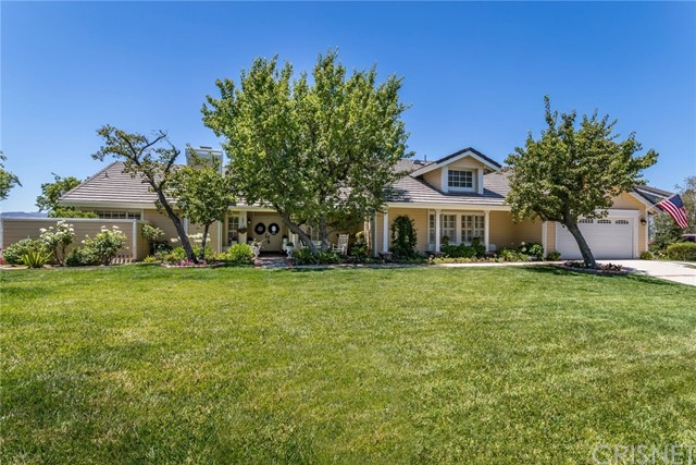 Photo of 22008 Parvin Drive, Saugus, CA 91350
