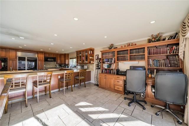 13300 Weddington Street, Sherman Oaks CA: http://media.crmls.org/mediascn/c2ca6877-5663-4da6-82a0-23bd4ac178ed.jpg