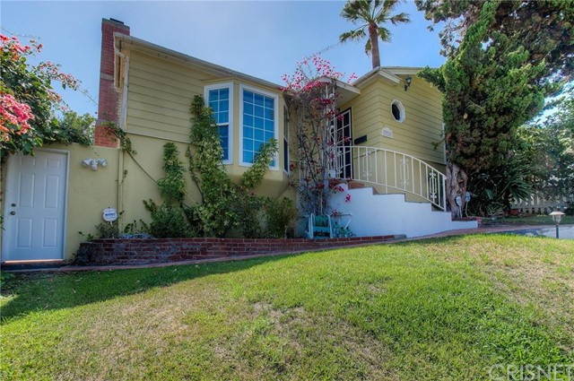 3721 Globe Avenue, Los Angeles CA 90066