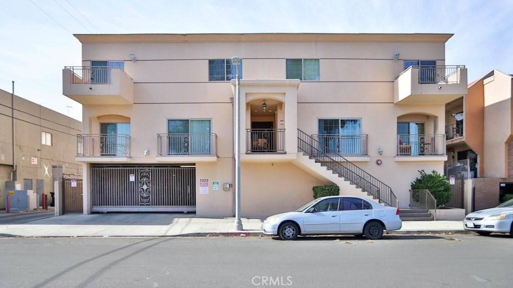 7223 Baird Avenue, 109, Reseda, CA 91335
