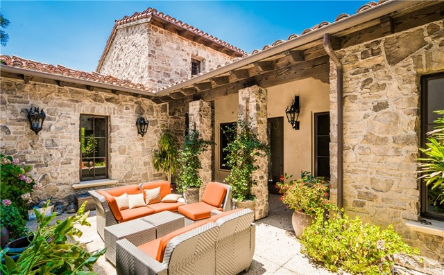 25825 OAK MEADOW DRIVE, VALENCIA, CA 91381  Photo 19