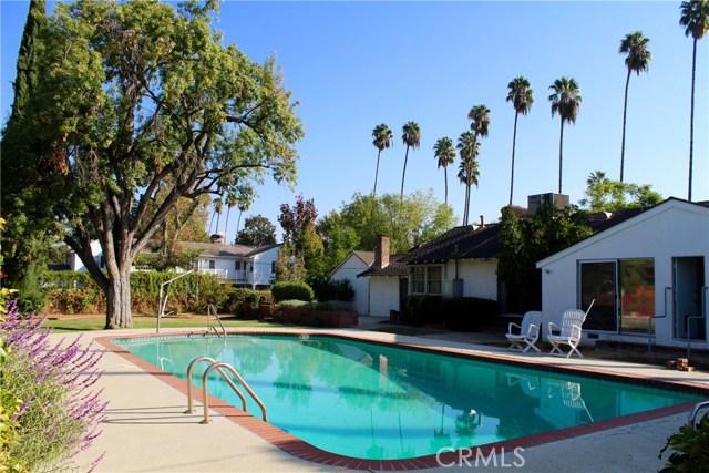 5343 Oakdale Avenue, Woodland Hills CA 91364