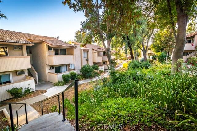 5800 Kanan Road, Agoura Hills CA: http://media.crmls.org/mediascn/c52d40e5-601b-4bba-8342-40ec3f13642c.jpg
