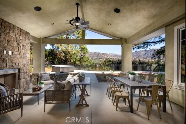 4200 Mesa Vista Drive, La Canada Flintridge CA: http://media.crmls.org/mediascn/c535c652-d4a3-4cf7-b98c-7164ec066aee.jpg