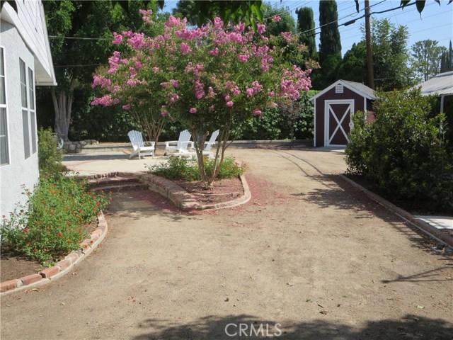 10836 Chimineas Avenue, Porter Ranch CA: http://media.crmls.org/mediascn/c588a641-167d-4881-9596-0616fc409b6f.jpg