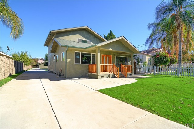 Single Family Home for Rent at 5912 Calvin Avenue Tarzana, California 91356 United States