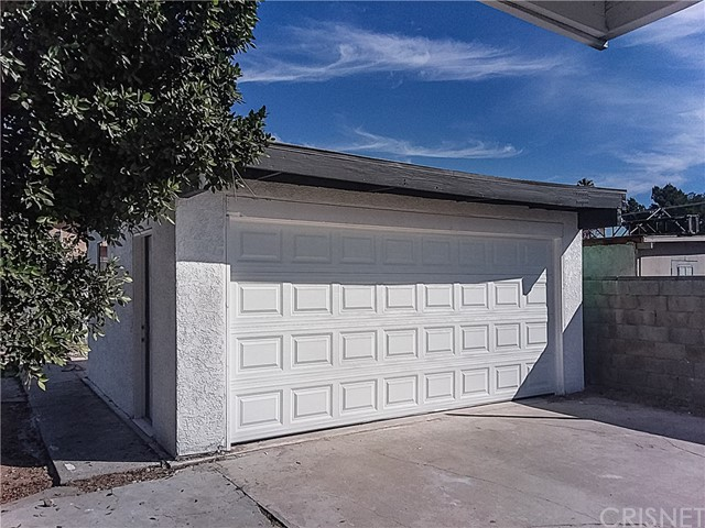 8754 Rincon Avenue Sun Valley, CA 91352 - MLS #: SR18274060