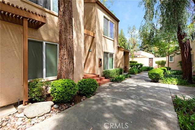 Photo of 22330 Victory Boulevard #805, Woodland Hills, CA 91367
