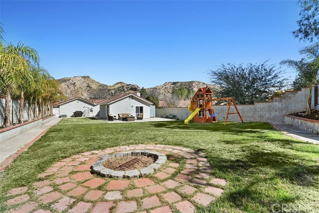 29603 Poppy Meadow Street Canyon Country, CA 91387 - MLS #: SR18039026