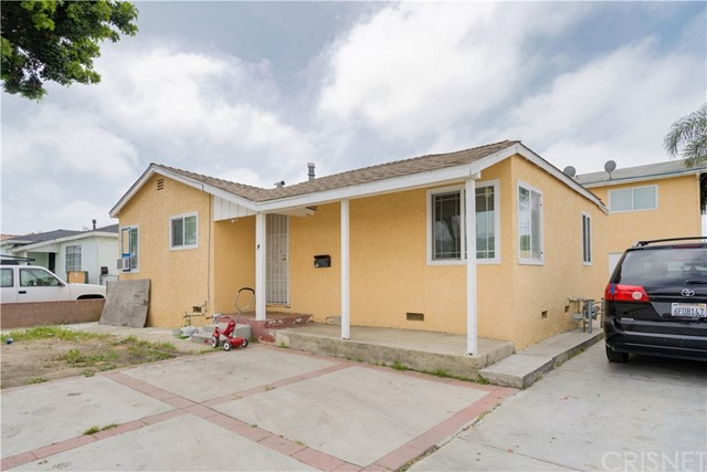 3526 132nd, Hawthorne, California 90250, ,Residential Income,For Sale,132nd,SR20094126