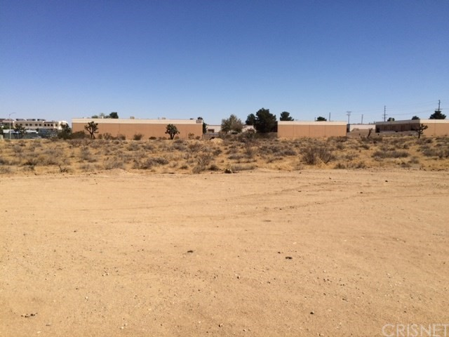 Additional photo for property listing at Vac/Cor Avenue M Pav /12th Stw  Lancaster, California 93543 Estados Unidos