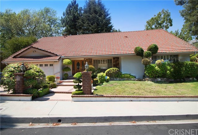 16167 Meadowcrest Road, Sherman Oaks CA 91403