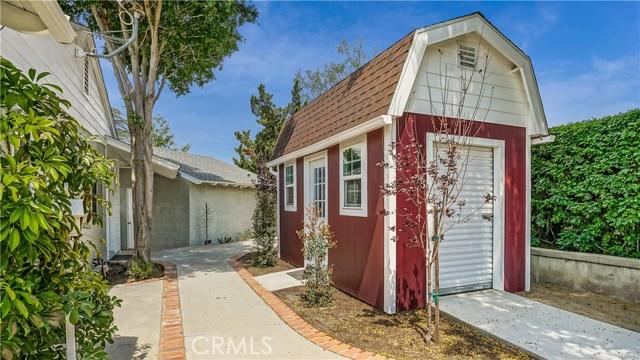 10836 Chimineas Avenue, Porter Ranch CA: http://media.crmls.org/mediascn/c7754f36-5796-4607-835d-9ab4f7a60938.jpg