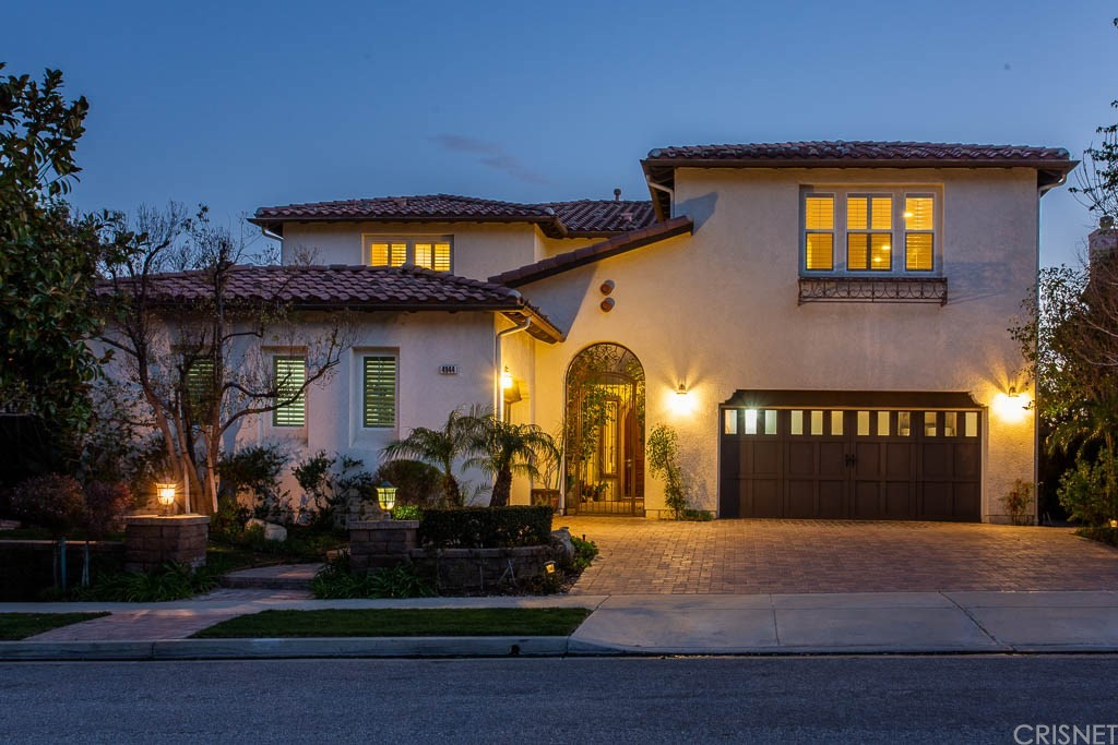 Photo of 4944 SHADY TRAIL STREET, Simi Valley, CA 93063