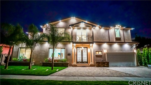 Single Family Home for Sale at 5328 Alcove Avenue Valley Village, California 91607 United States