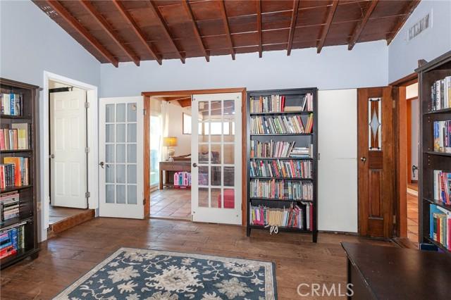 5706 Costello Avenue, Valley Glen CA: http://media.crmls.org/mediascn/c7c3dc60-803b-422d-9775-30da4f76b978.jpg