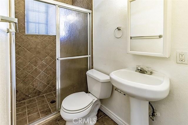 890 Vinton Court, Thousand Oaks CA: http://media.crmls.org/mediascn/c8613f83-22d6-4072-81e9-43515b56df9a.jpg
