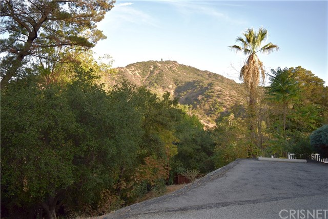 Single Family for Sale at 2916 Graceland Way Glendale, California 91206 United States