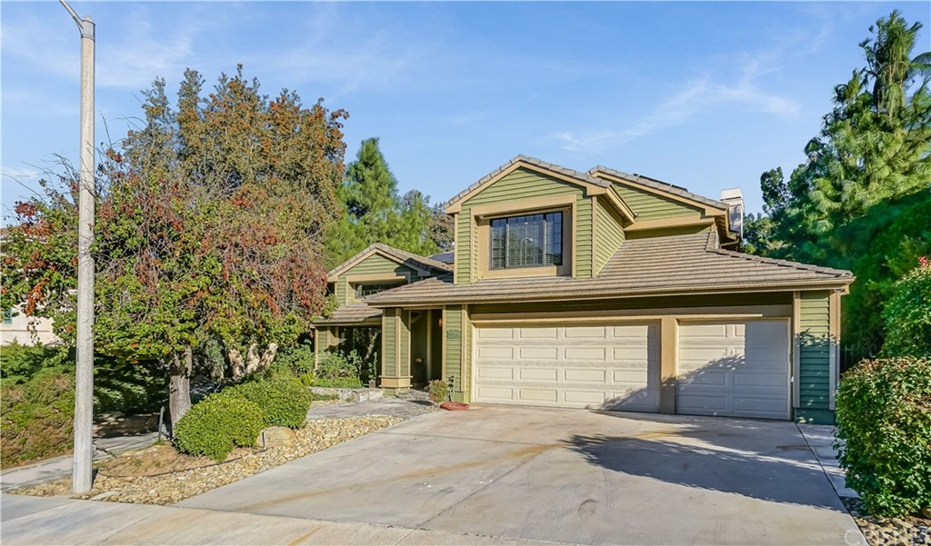 Photo of 24210 CREEKSIDE DRIVE, Newhall, CA 91321