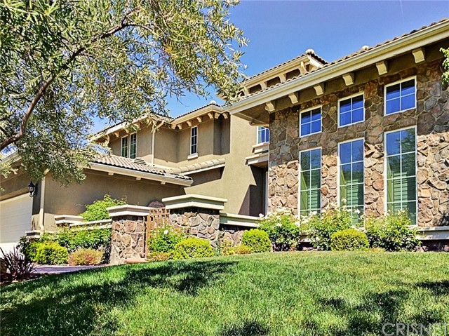 Single Family Home for Sale at 25833 Tulip Grove Street Stevenson Ranch, California 91381 United States
