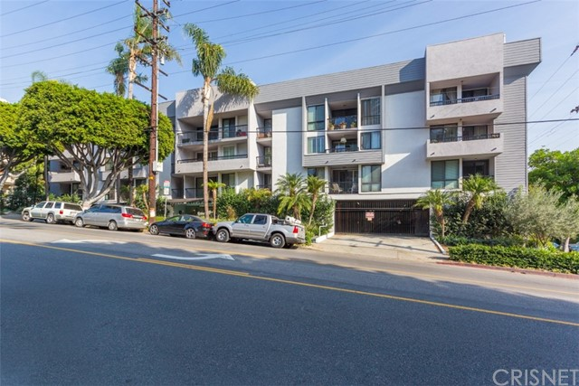 906 North Doheny Drive #305, West Hollywood, CA 90069