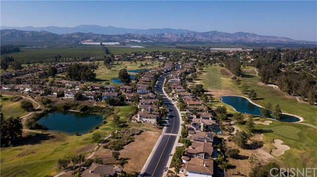 748 Diamond Drive, Camarillo CA: http://media.crmls.org/mediascn/c9143203-83da-4259-808e-e335568dfd2d.jpg