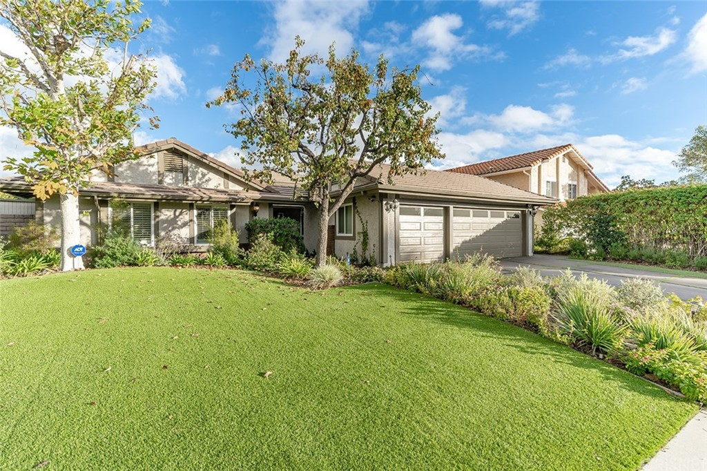 Photo of 7858 HILLARY DRIVE, West Hills, CA 91304