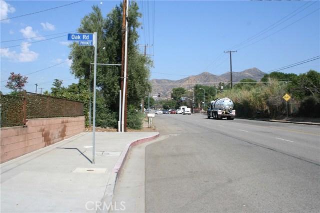 14661 Oak Road Sylmar, CA 91342 - MLS #: SR17205347