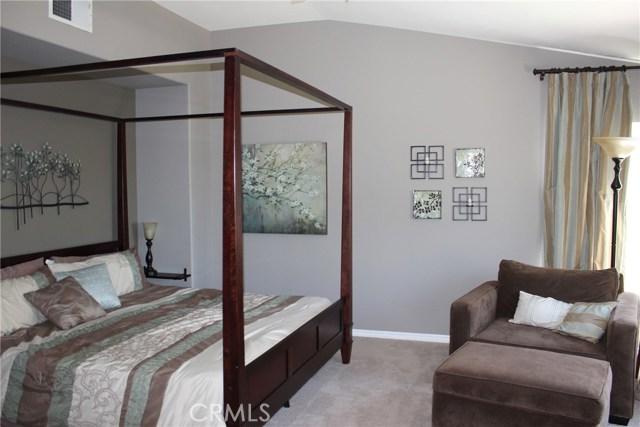26452 Beecher Lane, Stevenson Ranch CA: http://media.crmls.org/mediascn/c9d16e87-e6cd-4039-86bc-a8c17f5a5d27.jpg