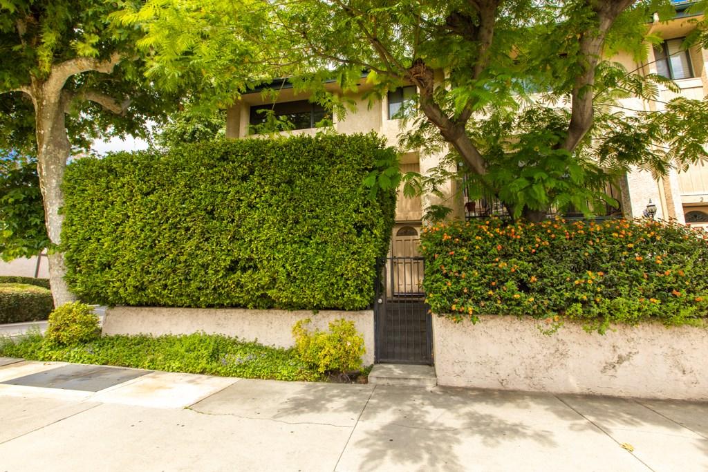 Photo of 7137 SHOUP AVENUE #1, West Hills, CA 91307