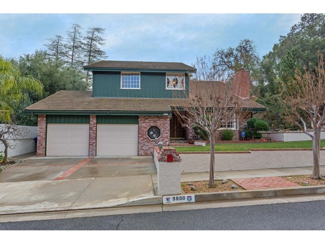 9800 Andora Avenue, Chatsworth CA 91311