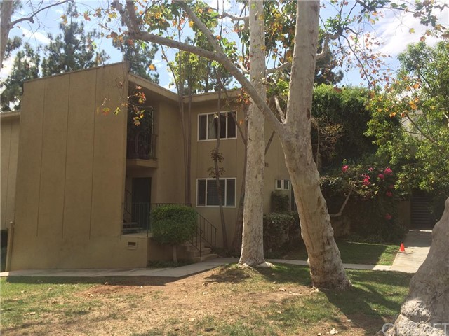 Property for sale at 11138 Aqua Vista Street #58, Studio City,  CA 91602