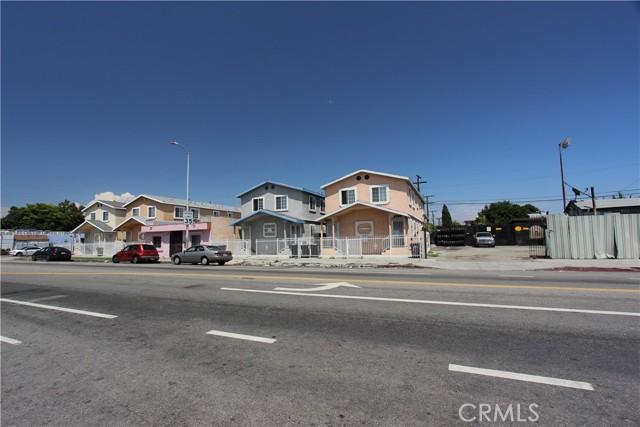 9912 S San Pedro Street, Los Angeles CA: http://media.crmls.org/mediascn/ca827b6f-afcb-4cf2-a673-e9da4979716a.jpg