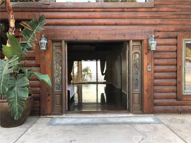 333 Moonrise Drive, Malibu CA: http://media.crmls.org/mediascn/cabecbd1-641c-4347-bf3e-7594b4b96ef2.jpg