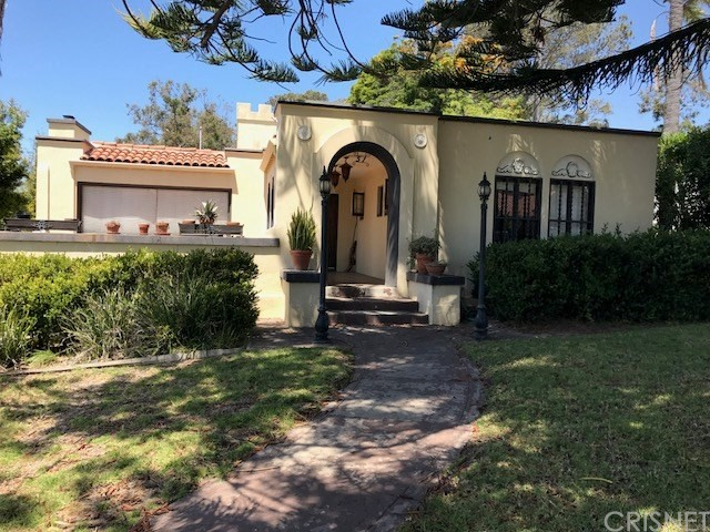 Single Family Home for Sale at 51 Lincoln Drive Ventura, California 93001 United States
