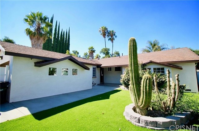 Photo of 22931 Burbank Boulevard, Woodland Hills, CA 91367