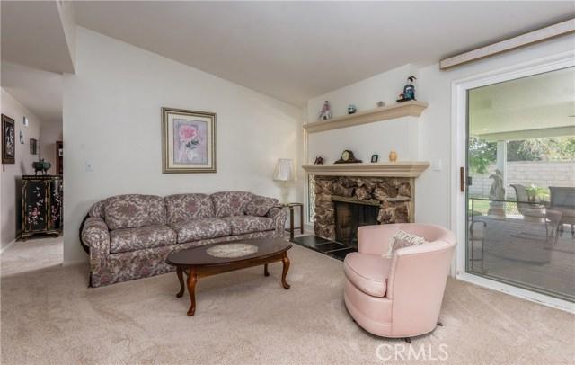 13225 Whistler Avenue, Granada Hills CA: http://media.crmls.org/mediascn/cb5458b1-a9c7-482b-a8b4-22b5a9fae1d4.jpg
