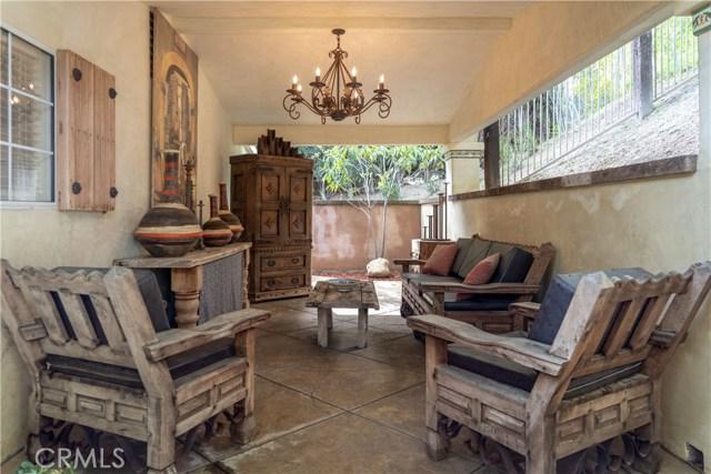 17219 Warrington Drive, Granada Hills CA: http://media.crmls.org/mediascn/cb5924f3-030a-48dd-b45c-c2cda07edd57.jpg