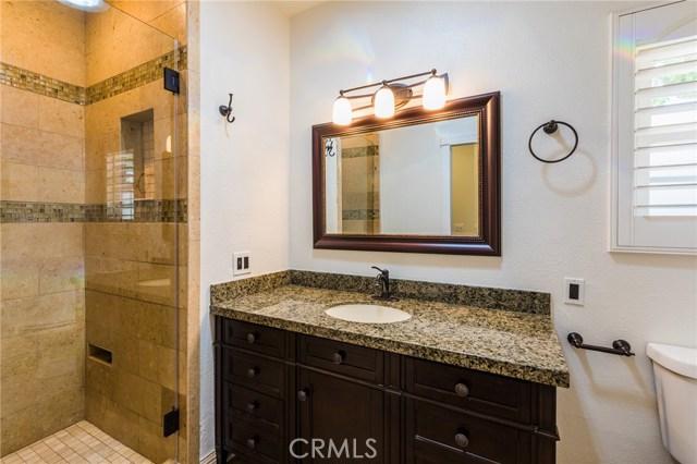 984 Calle Contento, Thousand Oaks CA: http://media.crmls.org/mediascn/cb6b56a7-269a-420f-a9f5-a561a05e0954.jpg