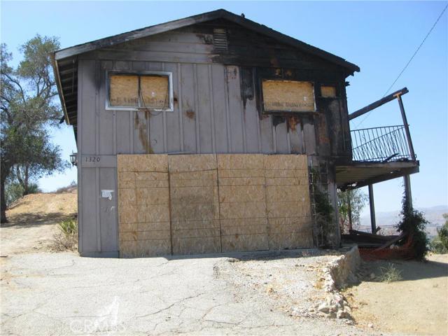 1320 Hilltop Road, Simi Valley, CA 93063