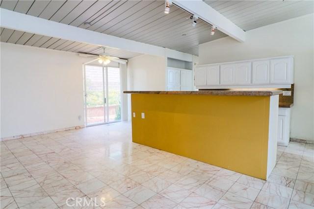 12662 Jimeno Avenue, Granada Hills CA: http://media.crmls.org/mediascn/cb7900f3-e889-48bf-869b-4261442af3ea.jpg