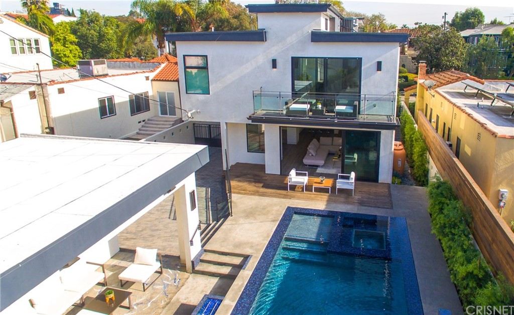 Property for sale at 909 South Curson Avenue, Los Angeles,  CA 90036