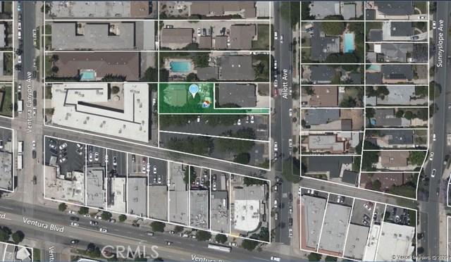 4329 Allott Avenue, Sherman Oaks CA: http://media.crmls.org/mediascn/cb9c9bce-a177-4a69-a3be-da6a51de399c.jpg