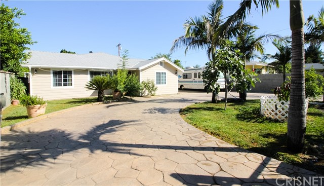 Single Family Home for Sale at 300 Hubbard Avenue N San Fernando, California 91340 United States