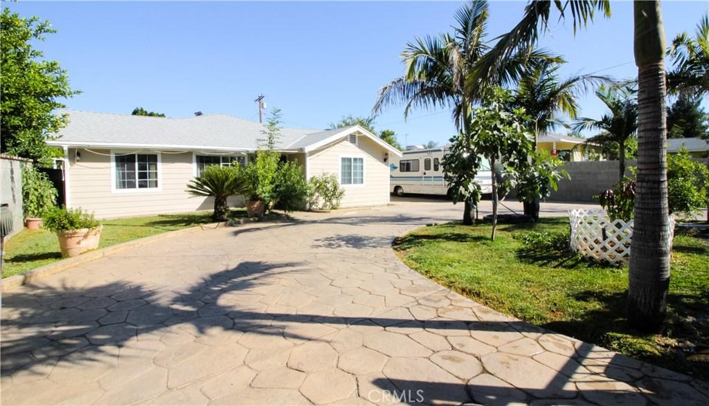 300 N HUBBARD Avenue, San Fernando, CA 91340