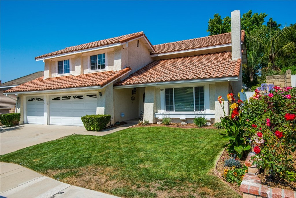 Property for sale at 3219 Bear Creek Drive, Newbury Park,  CA 91320