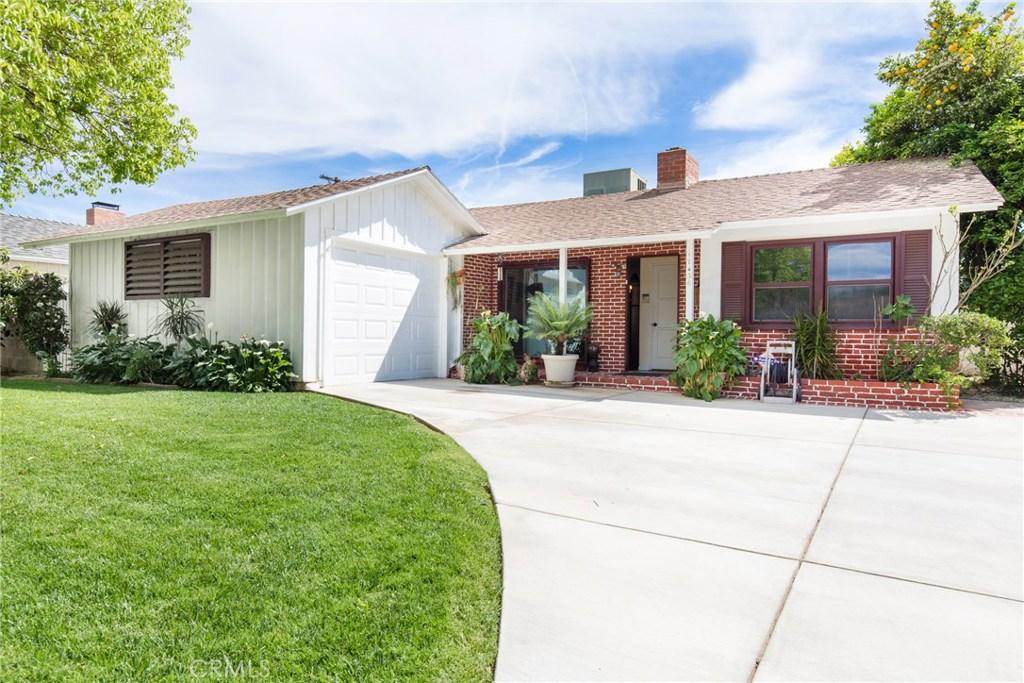 17436 Arminta Street, Northridge, CA 91325