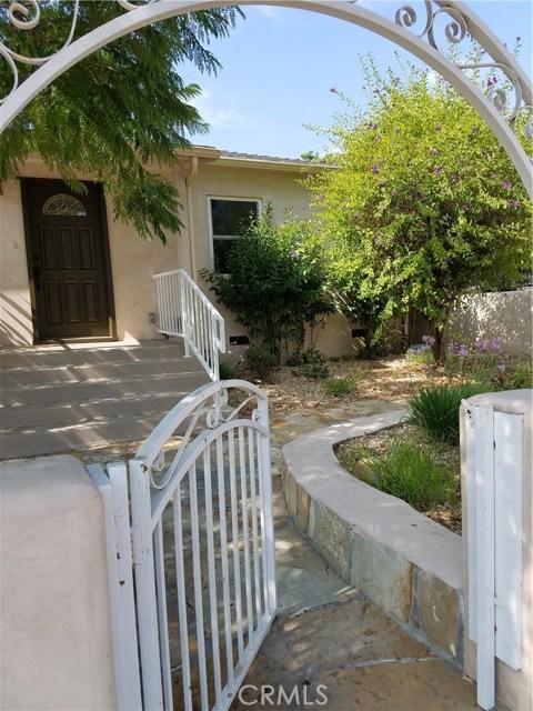 4751 Loma Vista Road, Ventura CA: http://media.crmls.org/mediascn/ccf850d4-4e50-4e16-9a31-e57f5c052477.jpg