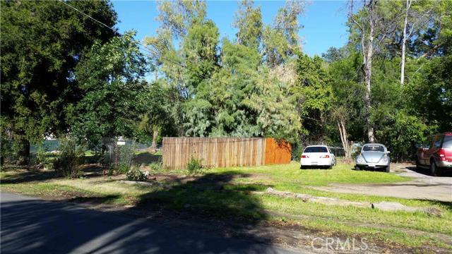6134 Shirley Avenue Tarzana CA  91356